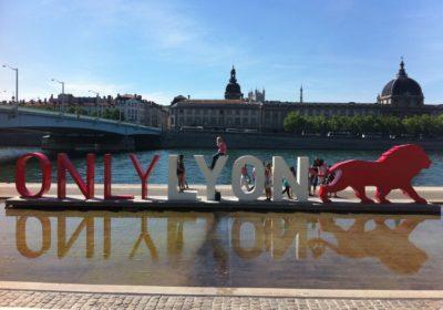 La-sculpture-ONLYLYON-sur-les-Berges-du-Rhone